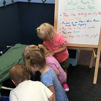 Kids learning at Toddle Inn