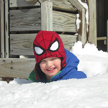Playing in snow at Toddle Inn